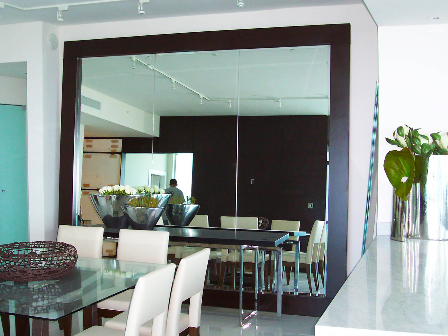 Custom Wall with 10ft Mirror